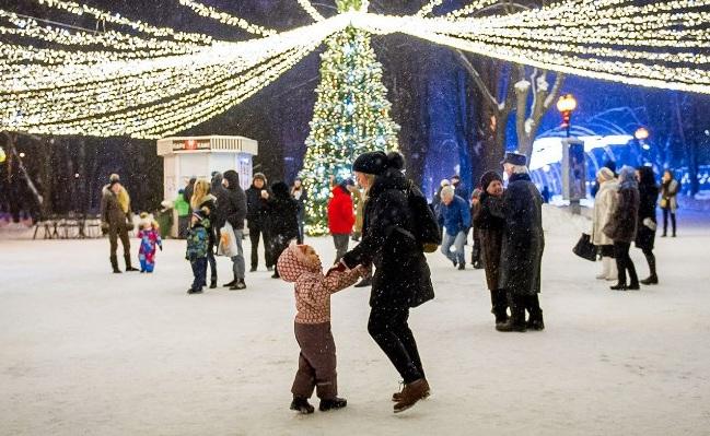 Жители СВАО выберут программу новогодней ночи в парках