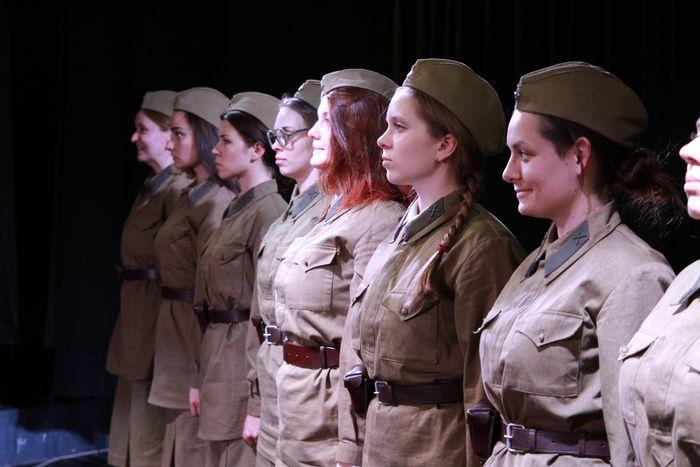 Студенты театрального института на Ботанической представят спектакль «А зори здесь тихие»