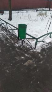 Двор в Игарском проезде очистили от мусора