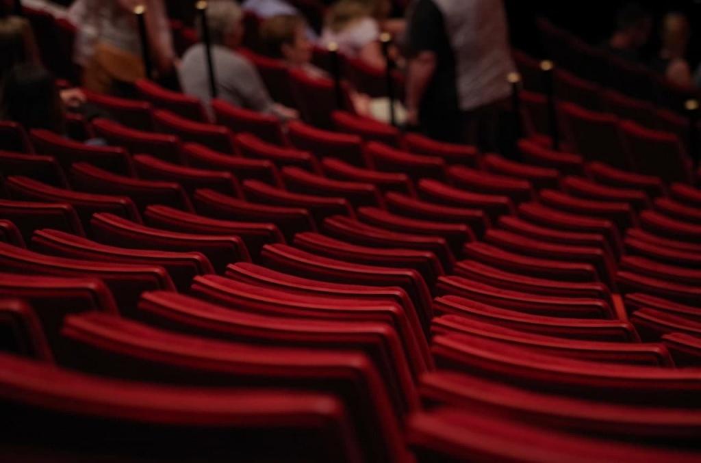 Участники занятий по актёрскому мастерству для пенсионеров из Свиблова учились импровизации